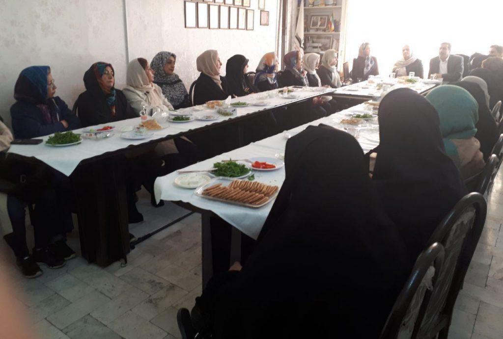 برگزاری اولین جلسه مددکاران در سال جدید در شعبه مشهد